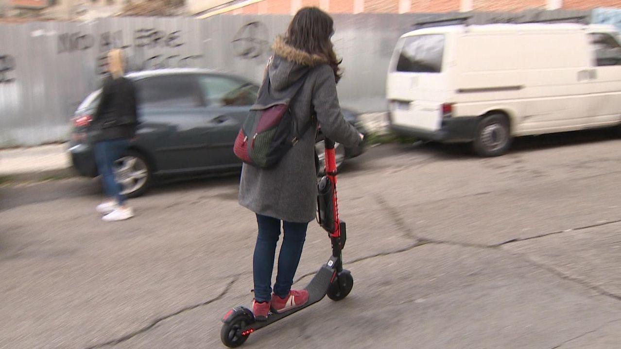 Una usuaria de patinete.