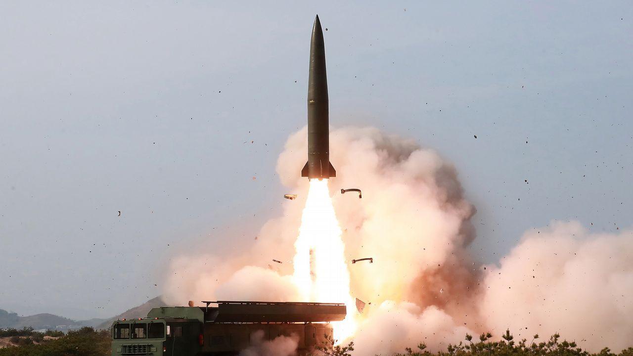 El régimen de Pionyang mostró el viernes imágenes de los misiles lanzados el día anterior