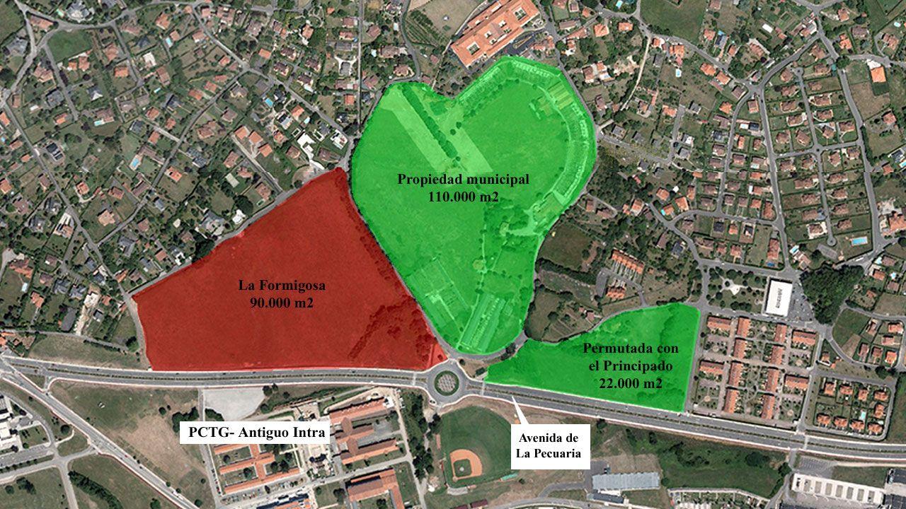 Gijón: el aliado de las ciudades gallegas en el noroeste.Ruben González Hidalgo, junto al directorio de empresas del Parque Científico y Tecnológico de Gijón