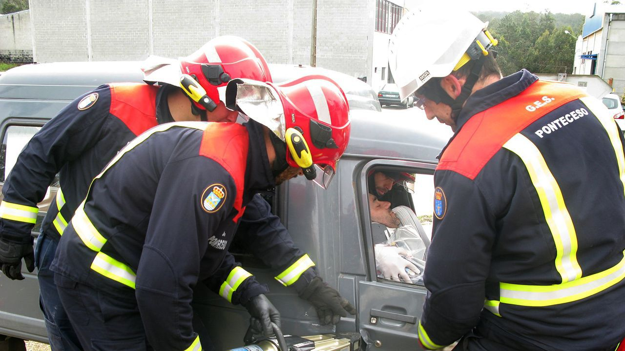 Simulacro de excarcelacion llevado a cabo por el GES de Ponteceso