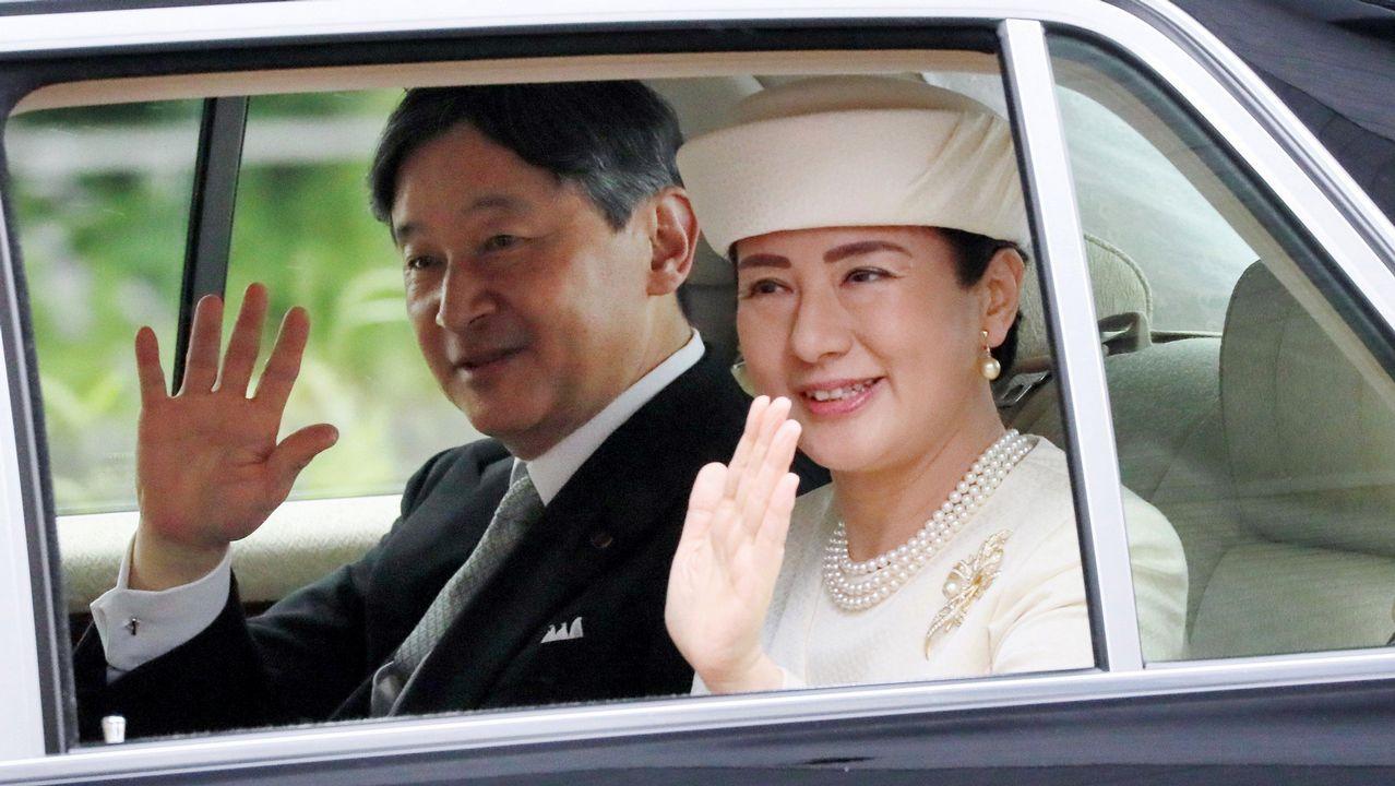 Miguel peregrina en cenizas.El nuevo emperador de Japón, Naruhito, y su esposa la emperatriz Masako.