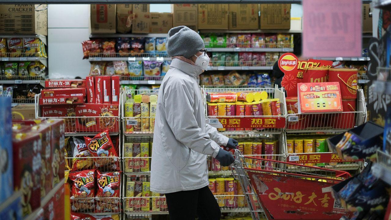 La crisis por el coronavirus se extiende a nivel mundial.David Villa tras un partido