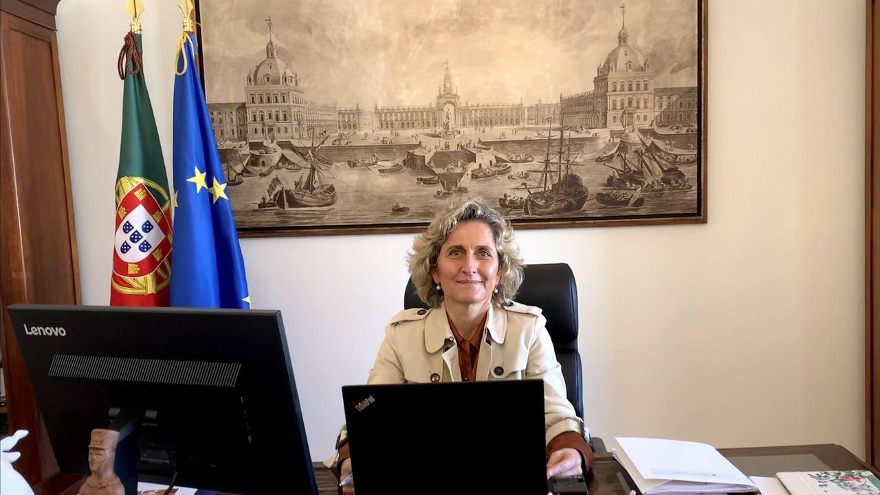 La ministra Ana Abrunhosa, en su despacho en la Praça do Comércio