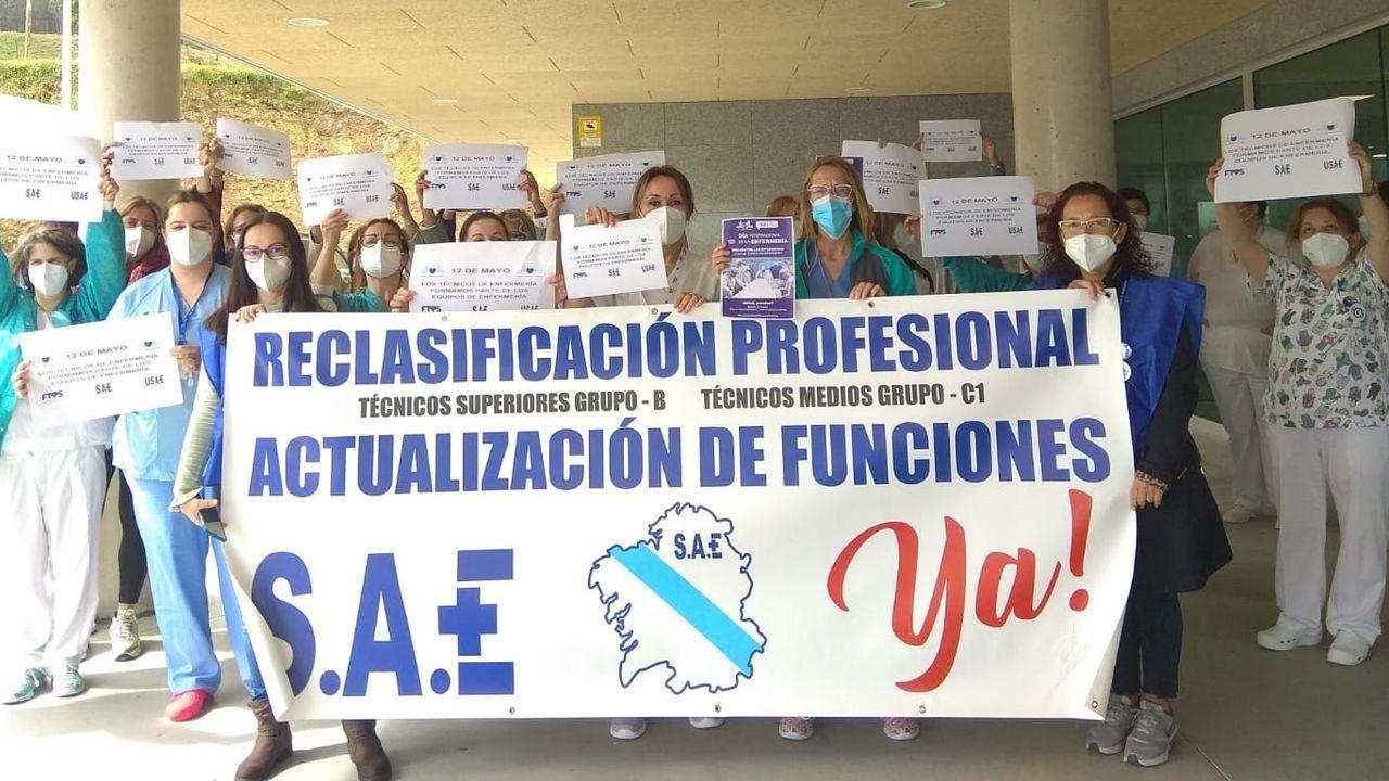 Vídeo de la protesta de la bajura en Burela.Los TCE se concentraron a mediodía ante el hospital mariñano