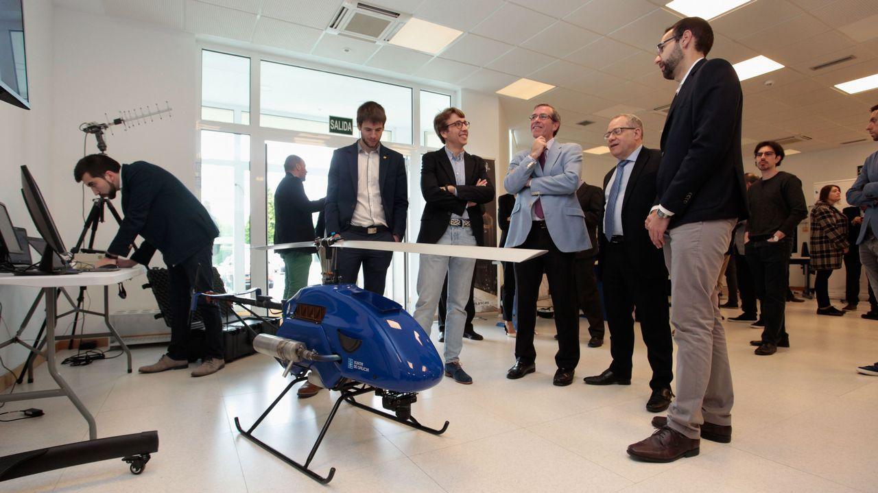 Una veintena de proveedores gallegos trabajan para Indra y Babcock en Rozas.El ministro de Ciencia visitó A Coruña para inaugurar una exposición en el Muncyt