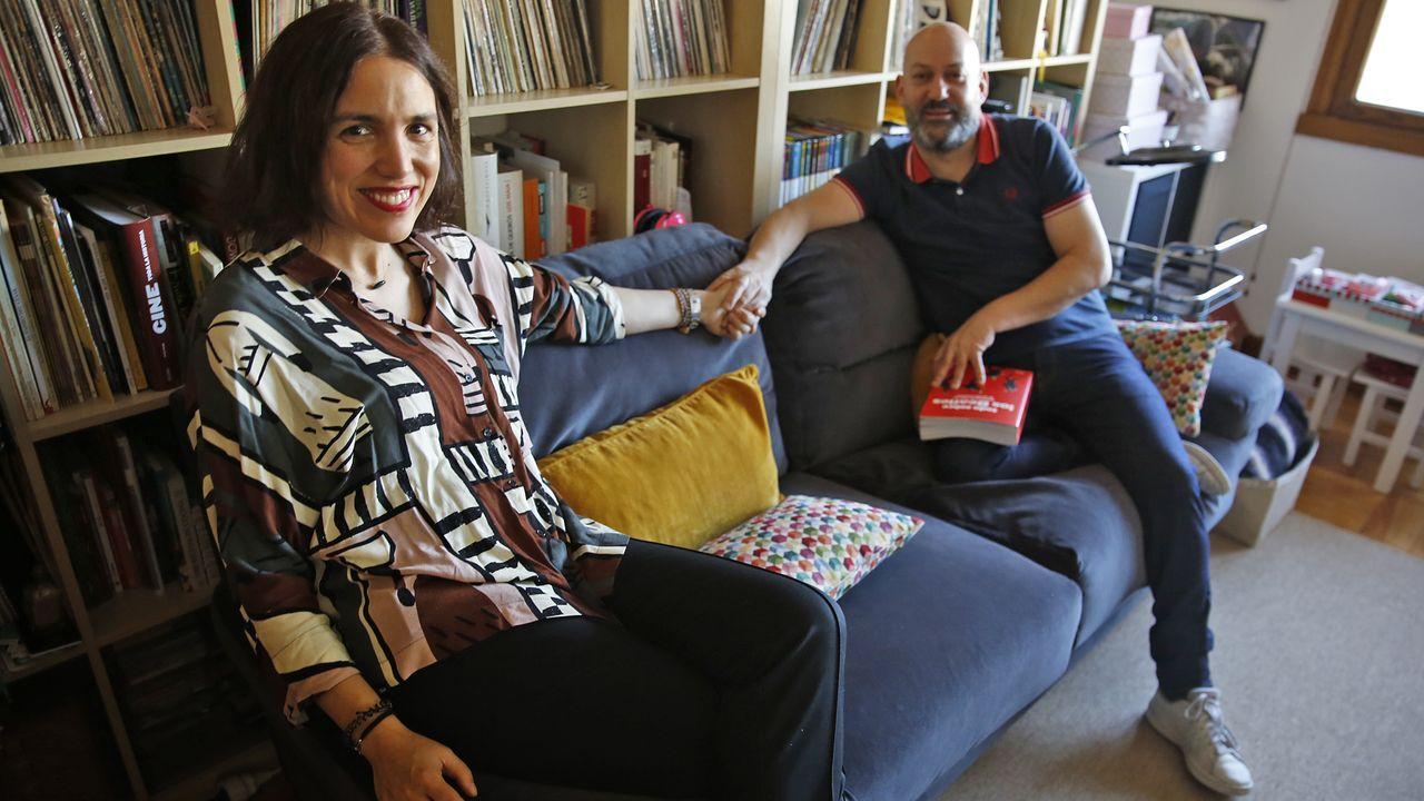Marina Rivas y Jose Argibay, en la casa de Vigo