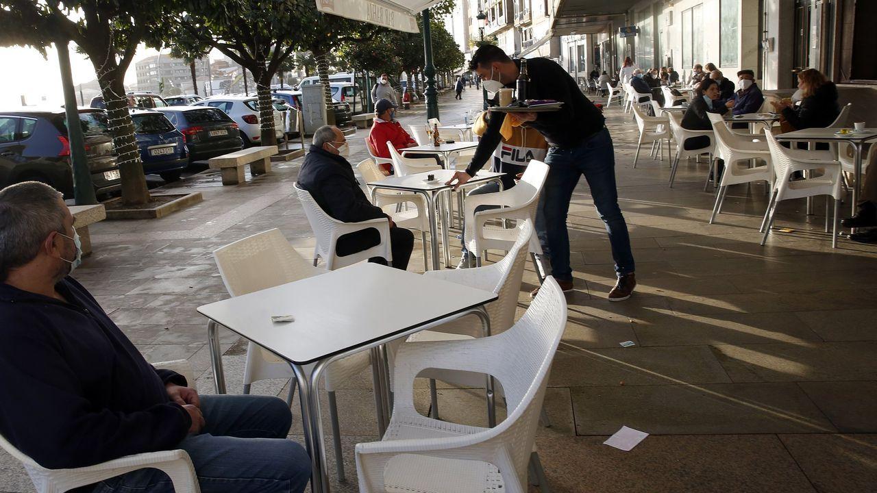 El sector servicios es el más castigado, y aglutina el 66 % de los parados de la comarca