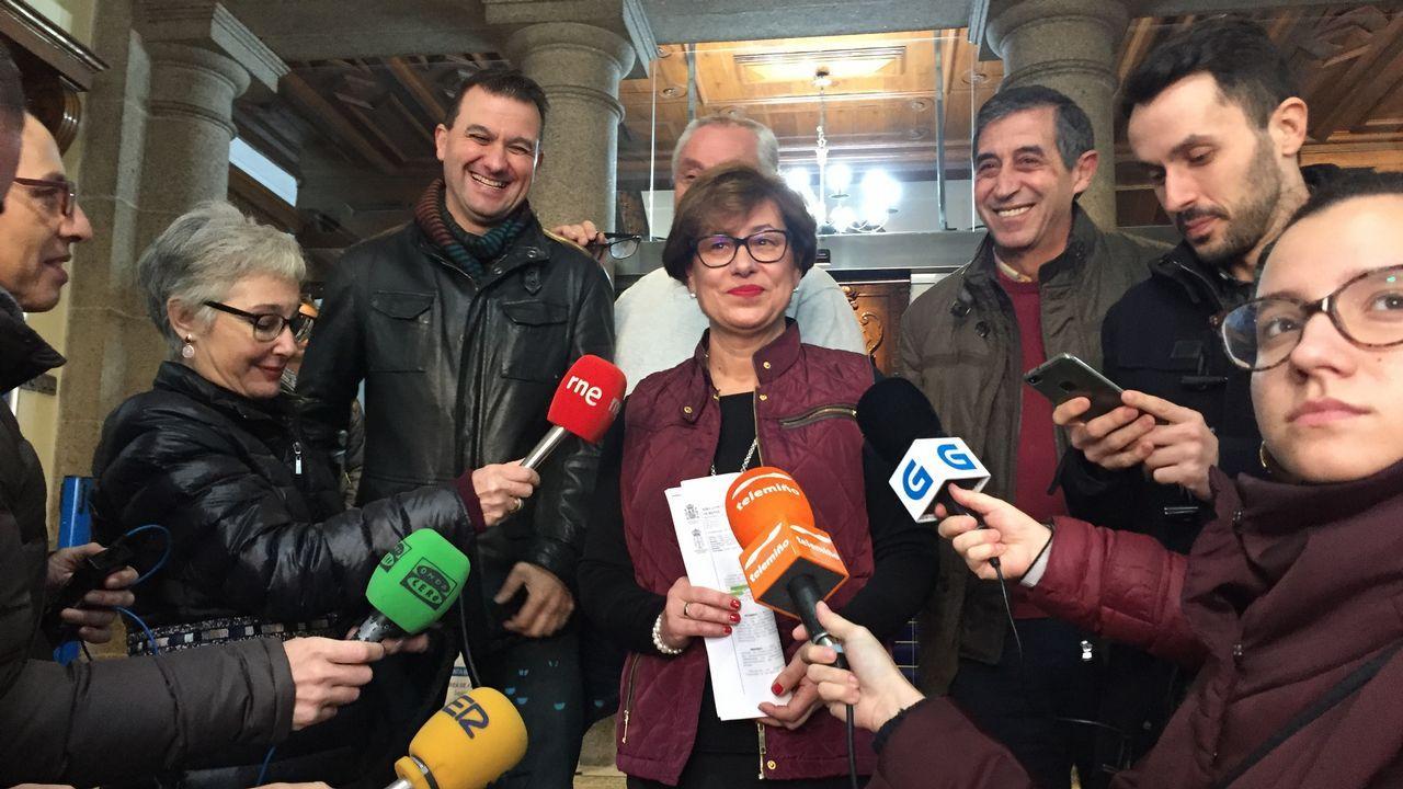 Manolo y Pilar, del Bar Cervantes de Ourense, donde tocó el Gordo