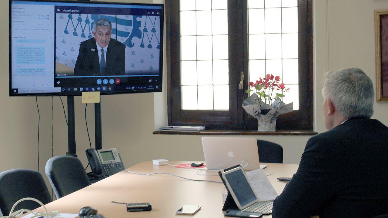 Rueda de prensa telemática del rector, Santiago García Granda