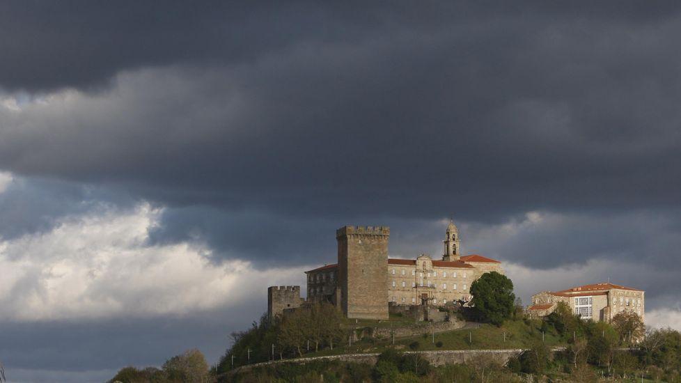 Los monjes de San Vicente protagonizaron disputas con la casa de Lemos y el Obispado