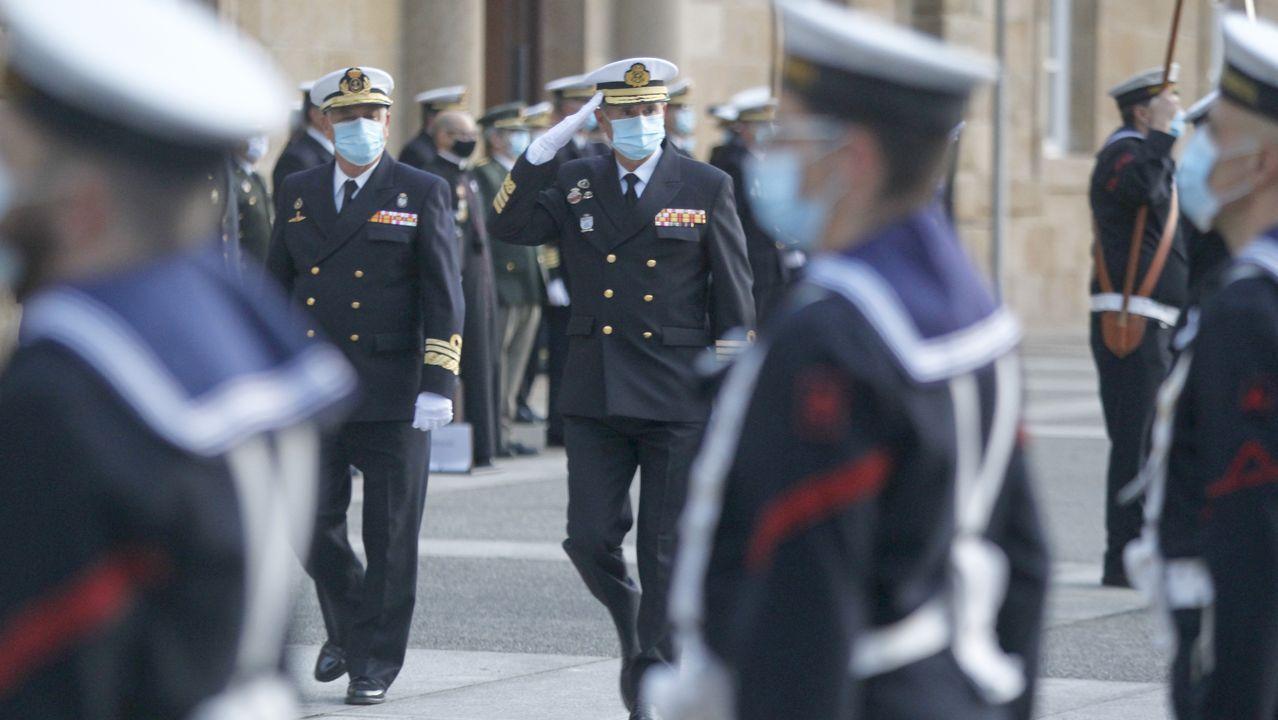 Un acto militar recibió al encargado de gestionar los recursos materiales de la Armada