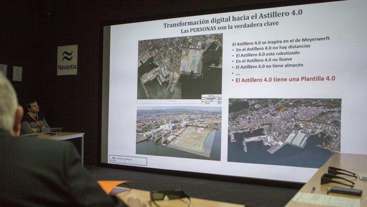 astilleros Vigo.Una representación de los trabajadores marchó hasta el consistorio, donde fueron recibidos