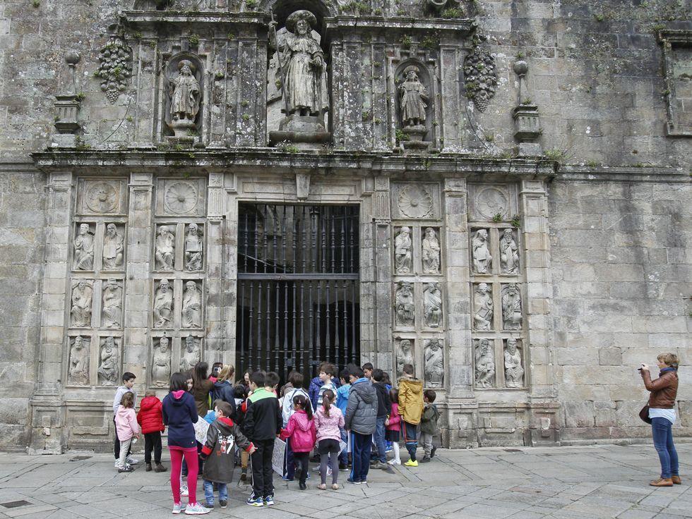 La ofrenda del Antiguo Reino de Galicia en imágenes.La Puerta Santa se abrió por última vez en el 2010 y no tocaba de nuevo hasta el 2021.