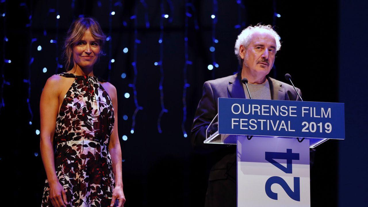 El director Xavier Bermúdez junto a la actriz Marta Larralde