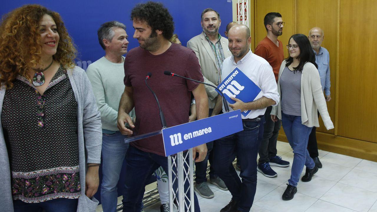 Rueda de prensa en la que Villares anunció su paso y el de otros tres diputados al grupo mixto del Parlamento