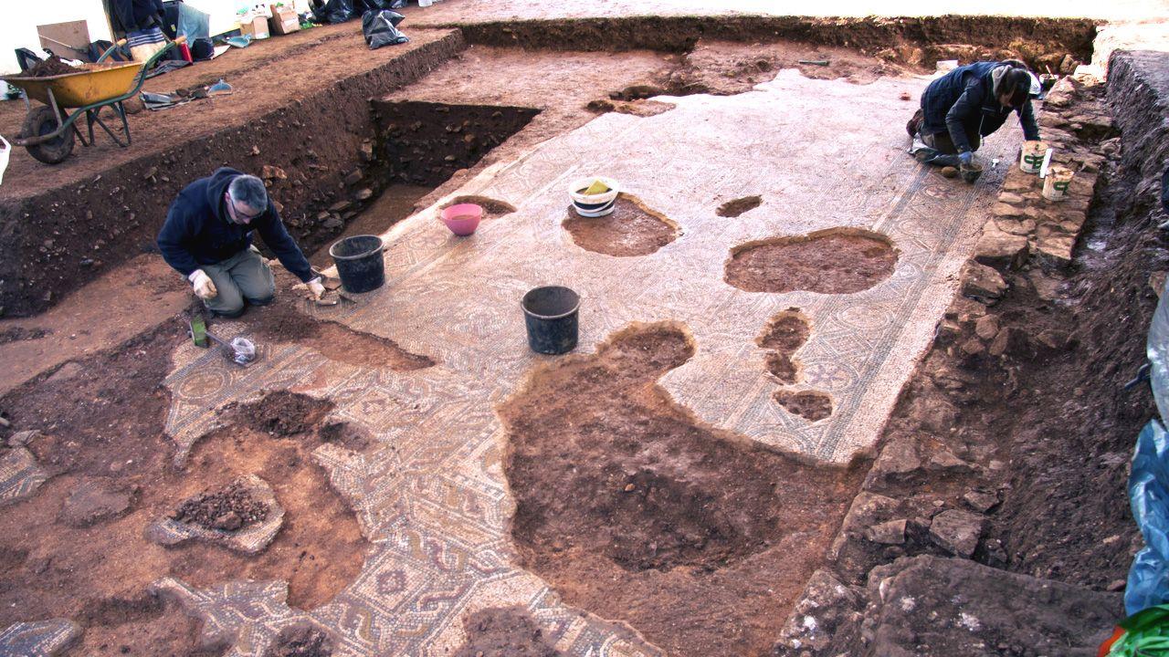 Imágenes de una excavación minuciosa