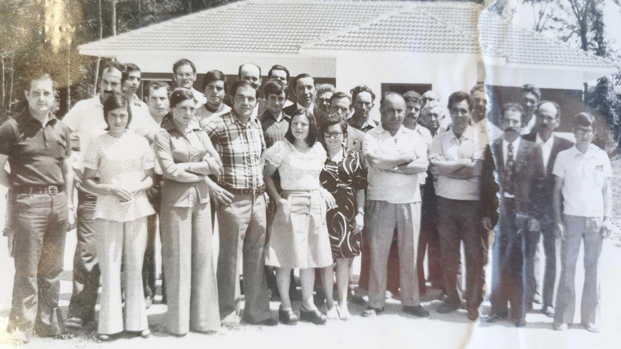 Participantes nun curso de tractoristas nos anos setenta