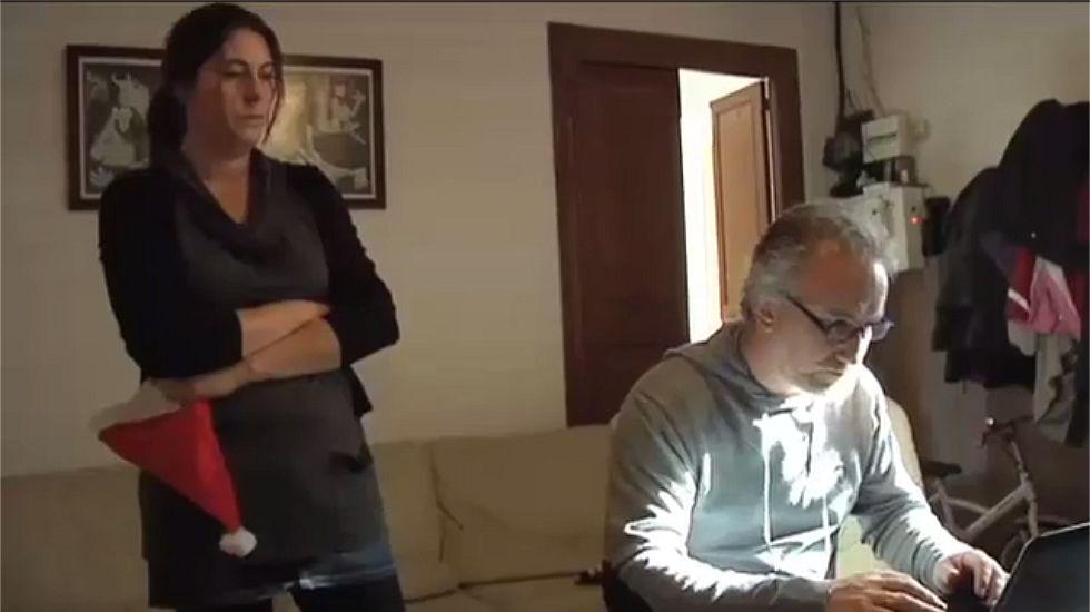Así montaron el negocio los padres de Nadia.En Santiago, en esta administración de la rúa Concheiros, han vendido décimos del segundo premio.