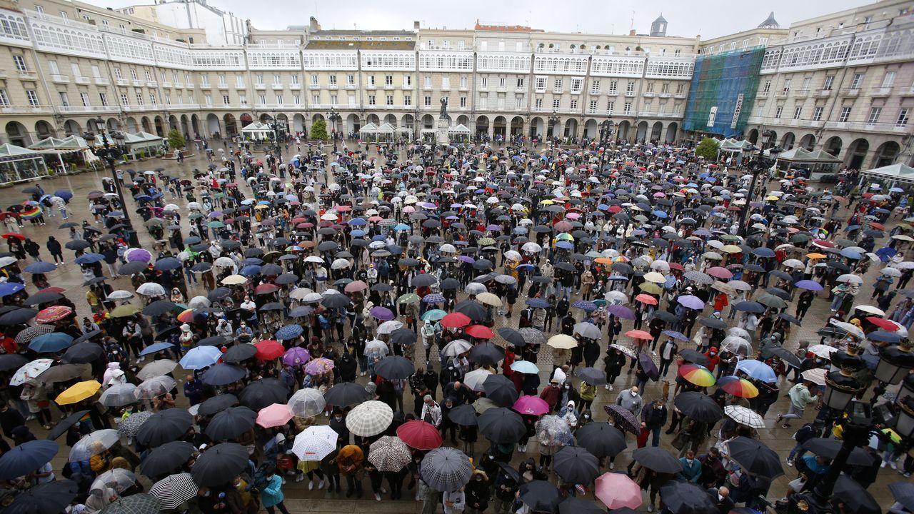 Cientos de personas se concentraron en A Coruña