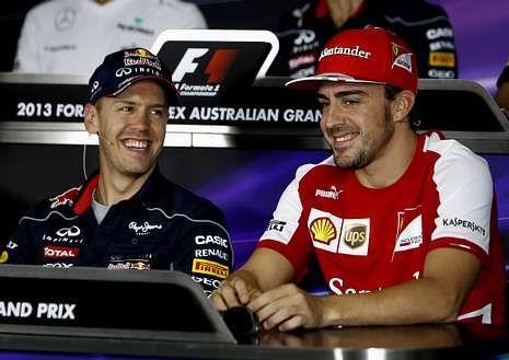 Fórmula 1: Cuenta atrás para el inicio del Mundial.Vettel y Alonso bromean durante la rueda de prensa.
