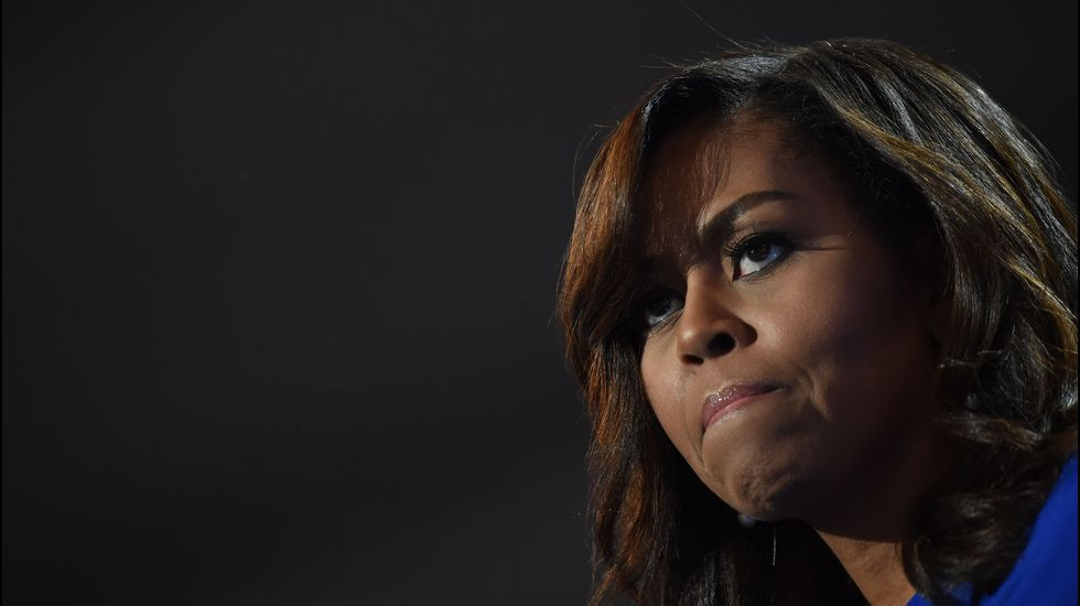 Michelle Obama apoya a Hillary Clinton con un mensaje conmovedor.Donald Trump