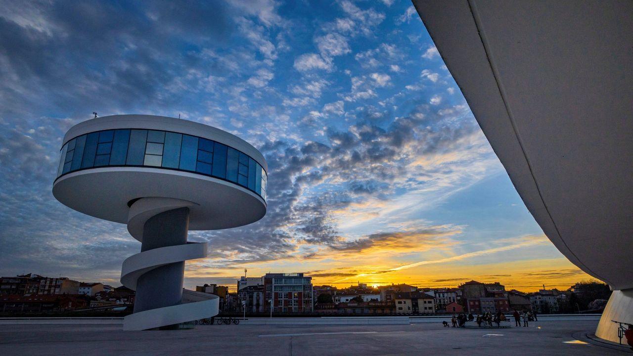 Evolución de las ciudades asturianas.El Centro Cultural Internacional Óscar Niemeyer