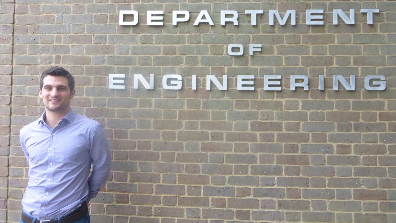 Emilio Martínez Pañera, mejor ingeniero joven del año del Reino Unido