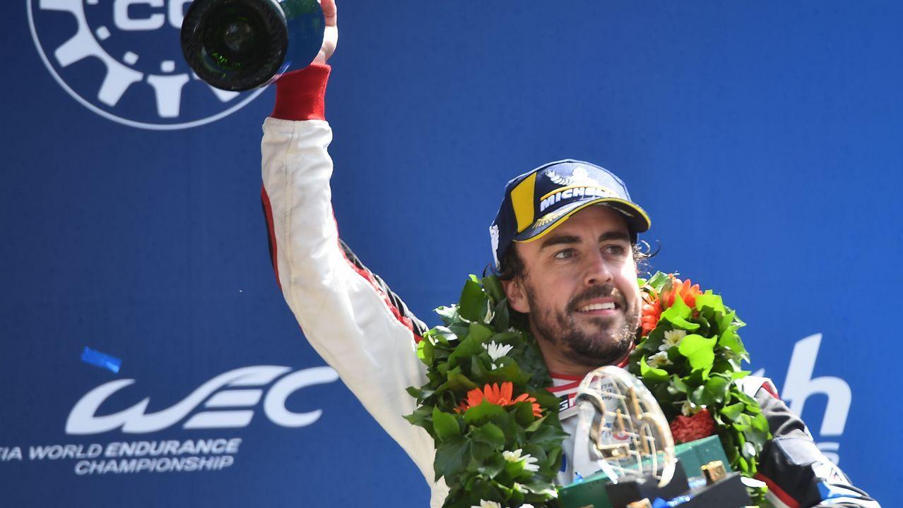 Los nuevos pedidos para la pesca.Fernando Alonso celebra en Brasil el campeonato del mundo del 2005