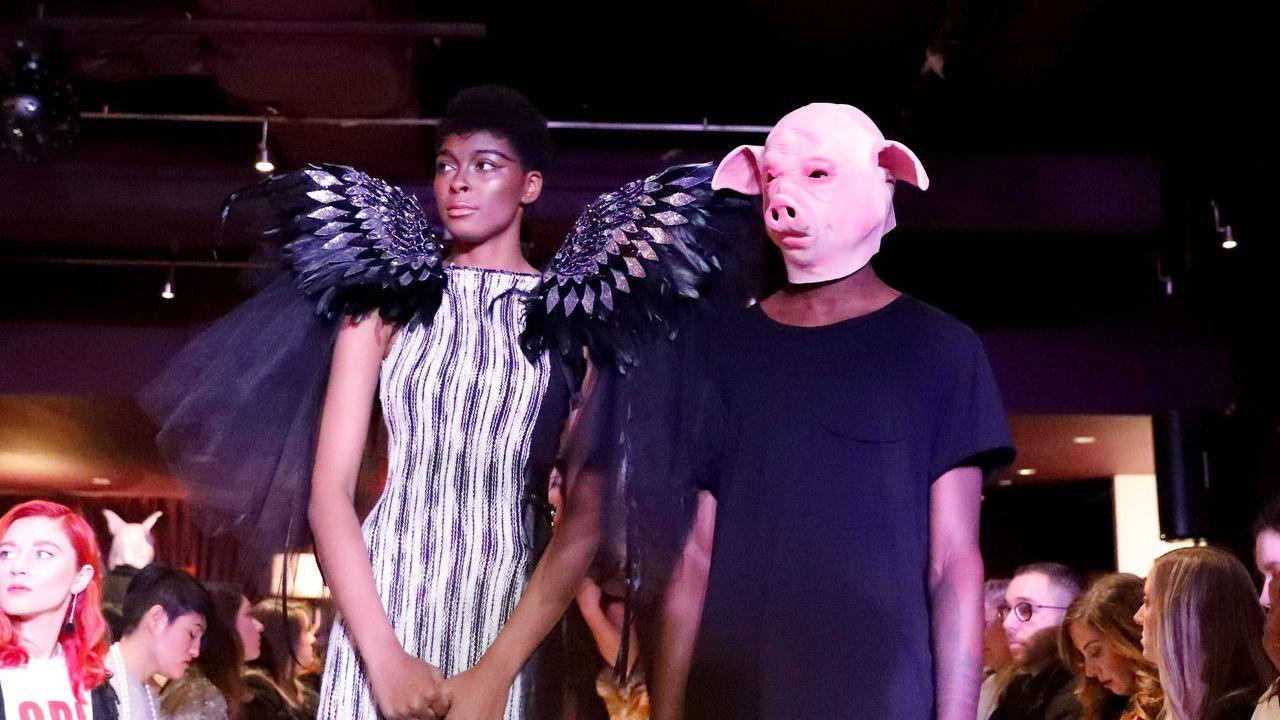 Desfile del movimiento #Metoo en la Semana de la Moda de Nueva York.Marcha de protesta de un grupo de Dreamers