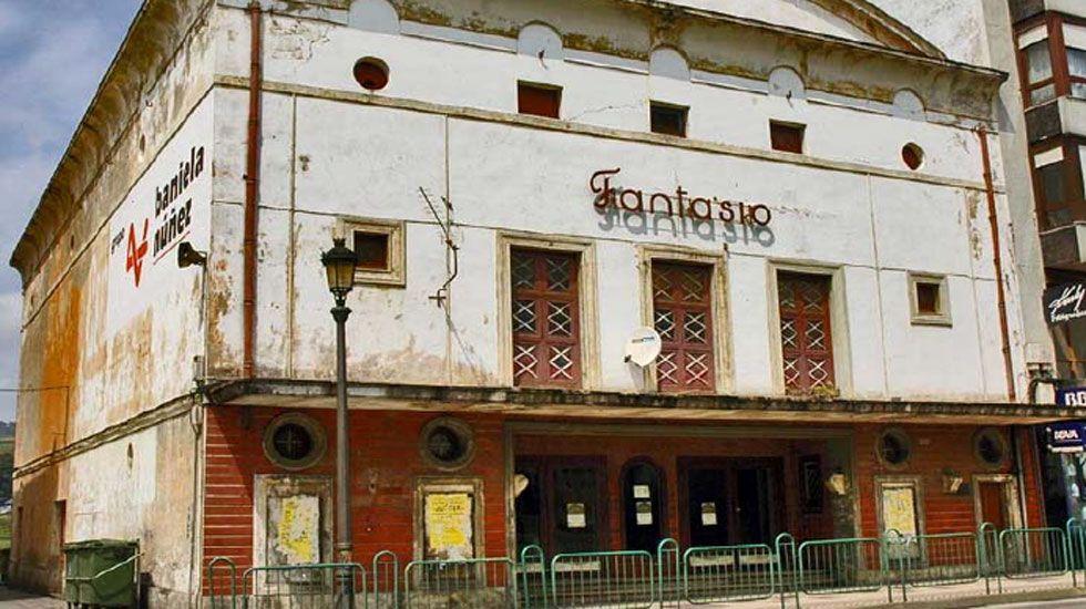 Cine Ayala de Oviedo.Cine Fantasio de Navia