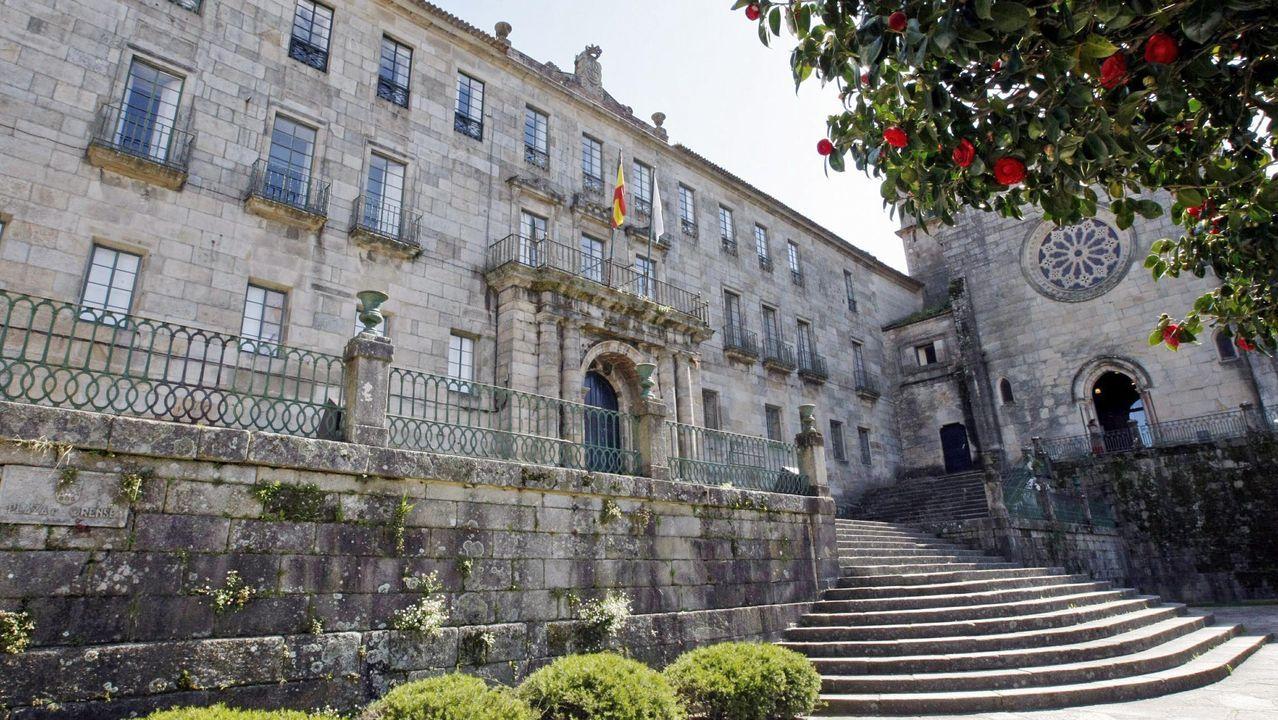 Gasómetros de la antigua Ensidesa ubicados en el actual Parque Empresarial Principado de Asturias.