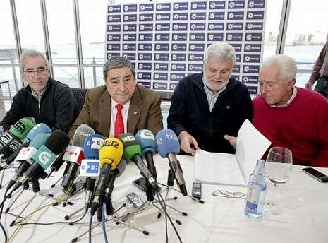 La rueda de prensa del 19 de marzo en la que Lendoiro defendió su sueldo costó al Deportivo 302 euros.