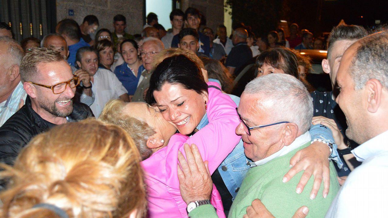 A sus 82 años viaja desde Ferrol para cuidar a su hija hospitalizada en Vigo.El Concello de A Pastoriza organizo un pleno urgente para decretar dos días de luto