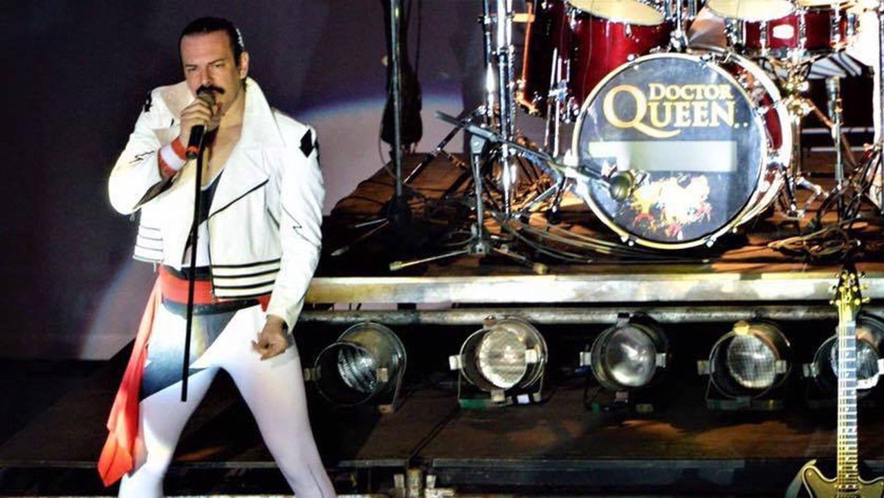 Freddie Mercury se convierte en el protagonista del confinamiento gijonés.Dr. Queen llevan veinte años ofreciendo conciertos en los que recrean el repertorio de la mítica banda
