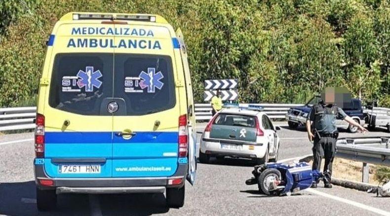 El accidente se produjo en el cruce entre la avenida de Galicia y la calle de las Huertas