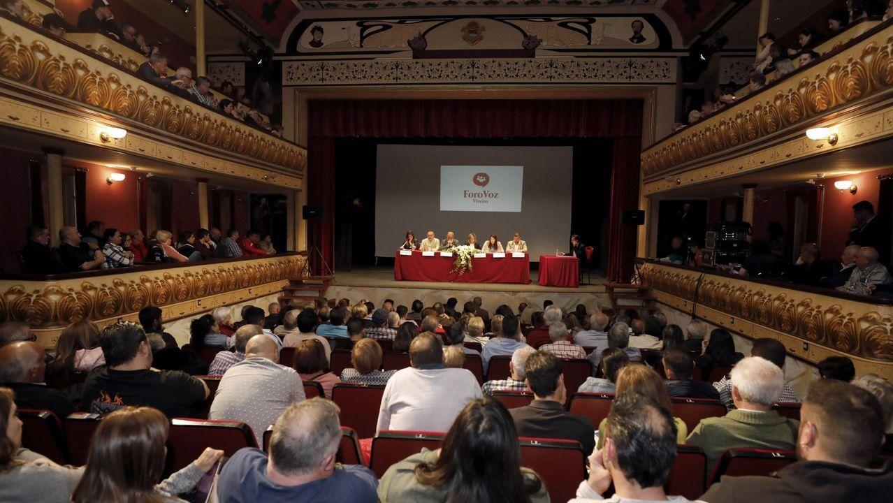 El teatro Pastor Díaz de Viveiro celebra sus cien años.La Orquesta de Corda viajará en abril a Italia para dar conciertos en Venecia, Florencia y Danta di Cadore.