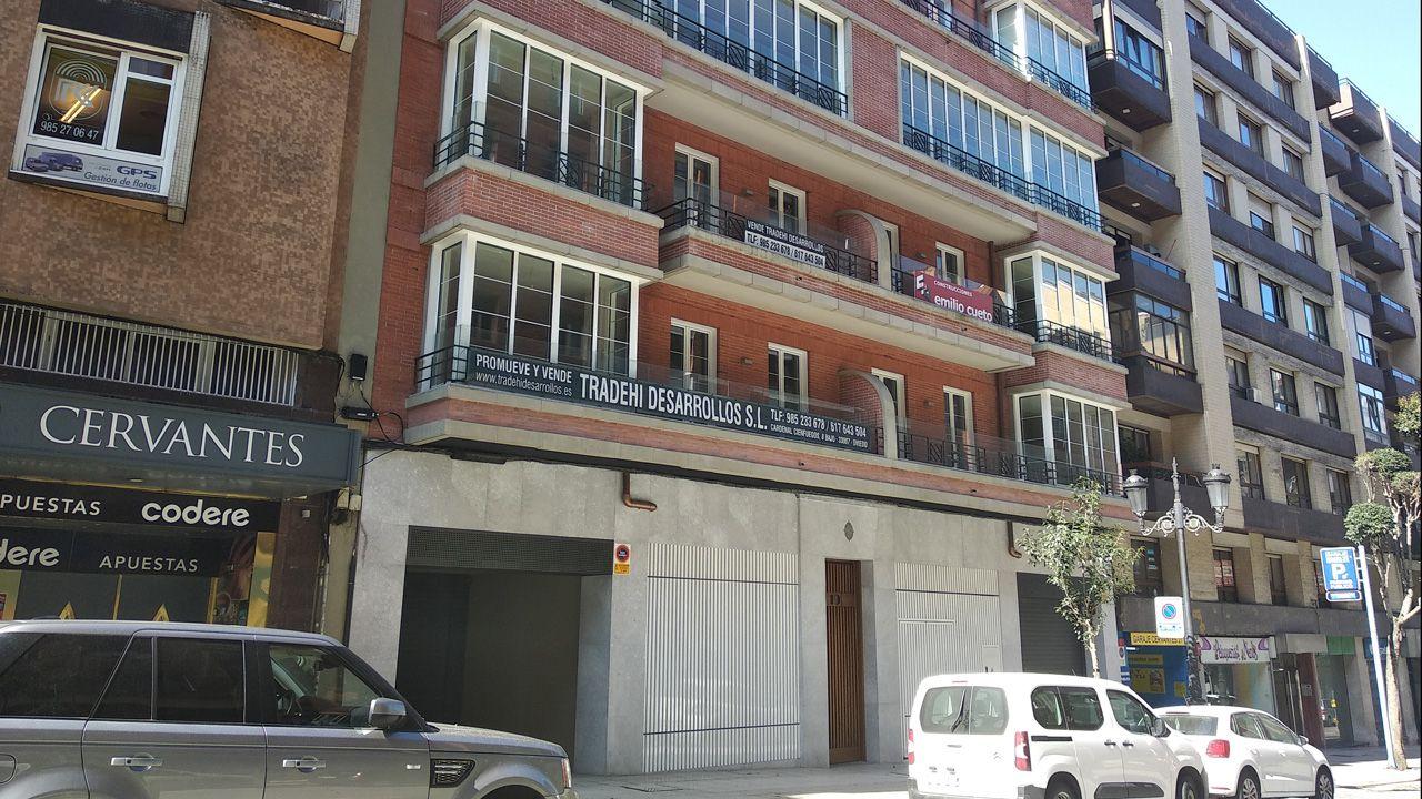 Aspecto actual de los bajos del número 19 de la calle Cervantes, donde estuvo abierta La Real
