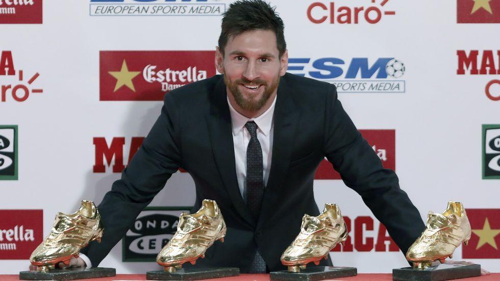 Messi.Mario Jardel Jr; en la fila de arriba, cuarto empezando por la derecha