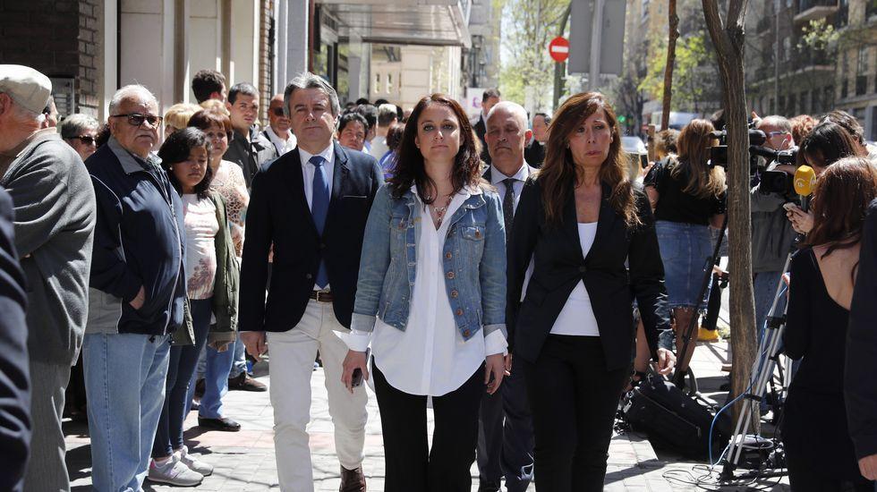 Las dirigentes populares Andrea Levy y Alicia Sánchez Camacho.