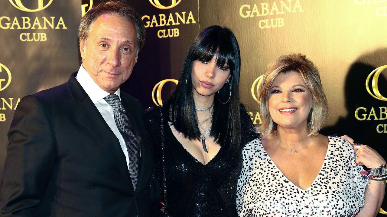 Terelu Campos dispuesta a hacerse una doble mastectomía.A la actriz Sofía Vergara se le subió el pavo a la cabeza en Acción de Gracias