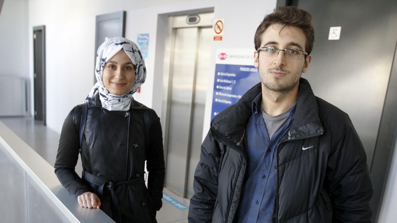 En la imagen, Nursac y Burak, dos estudiantes turcos que estudiarán en el campus hasta finales de curso