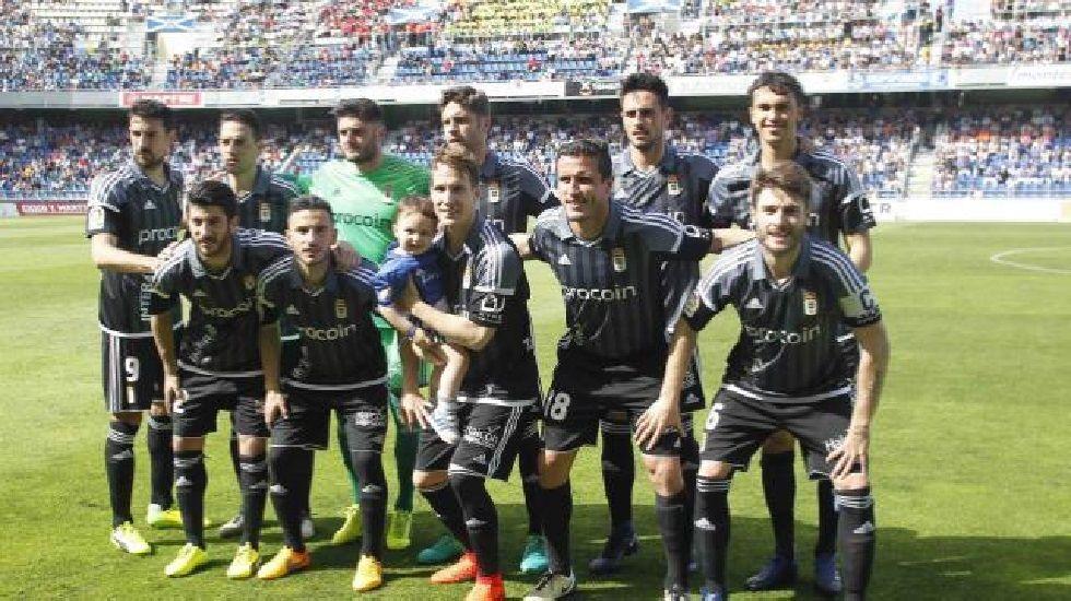 Michu Real Oviedo Nastic Carlos Tartiere.Alineación del Oviedo en Tenerife