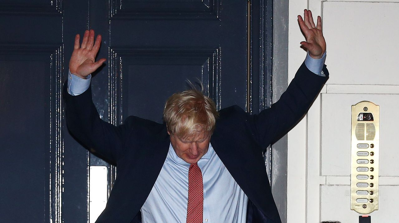 Los conservadores superaron los 326 escaños necesarios para alcanzar la mayoría absoluta