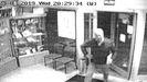 La policía atribuye a Luis Venta el envío del anónimo tras visionar las cámaras de la oficina de correos