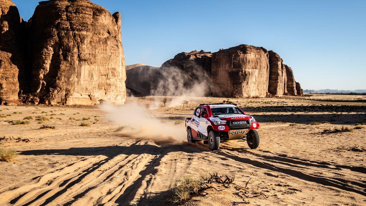 El monfortino Eduardo Iglesias se encuentra con Fernando Alonso en el desierto.Glyn Hall