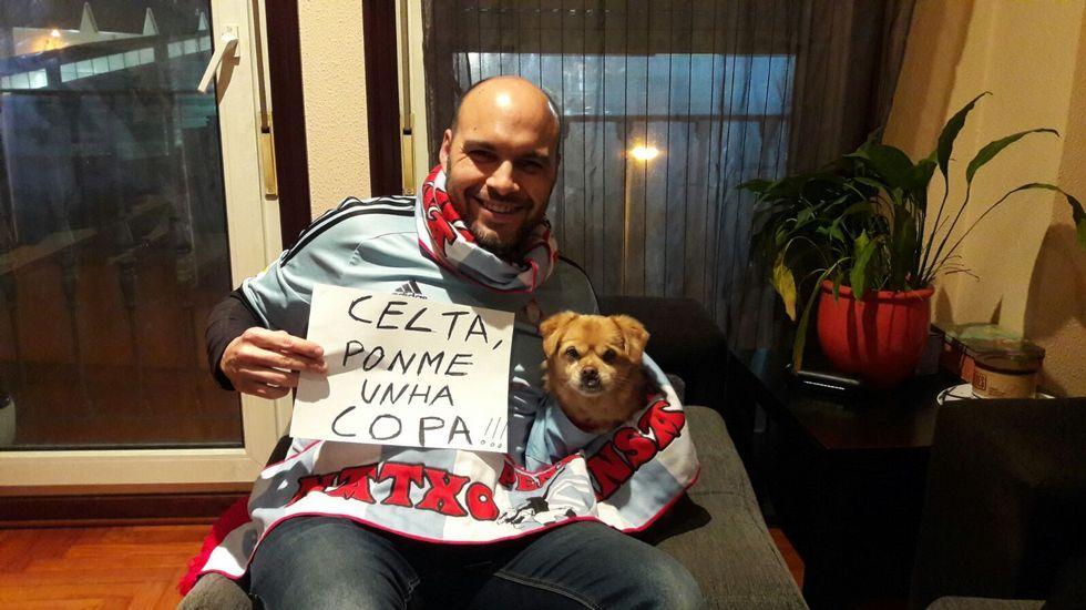 «Celta, ponme unha Copa», solicitan Dani Iglesias, de la Peña Natxo Insa, y su perro, Tofi