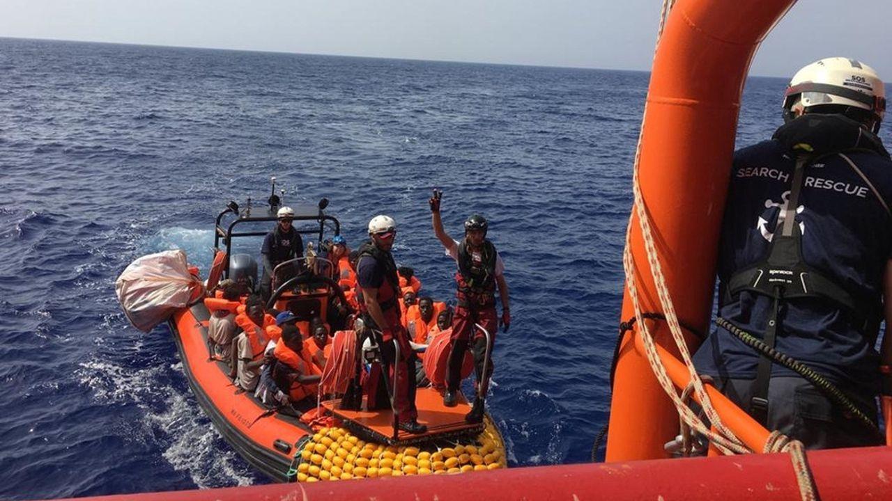 El Ocean Viking rescató este sabado en aguas internacionales, frente a las costas de Libia, a 85 personas, cuatro de ellas niños