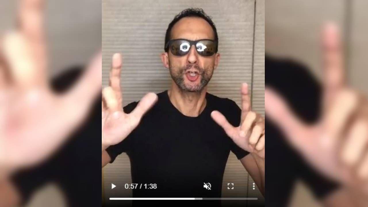 El director del IES Antonio Fraguas, Carlos Encisa, en su vídeo rapeando en Instagram