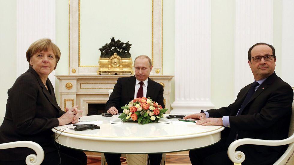 Merkel, Putin y Hollande, durante un encuentro sobre Ucrania en febrero del 2015