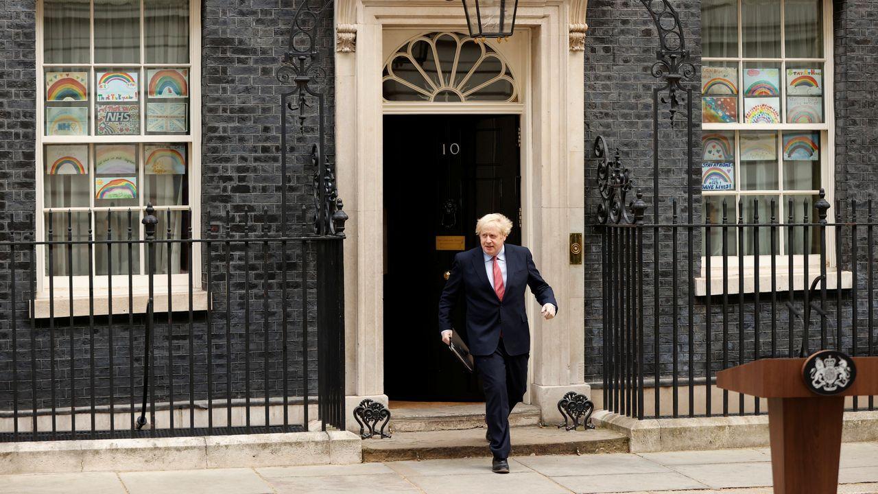 El primer ministro británico retomó el mando reuniéndose con el gabinete de crisis del covid-19